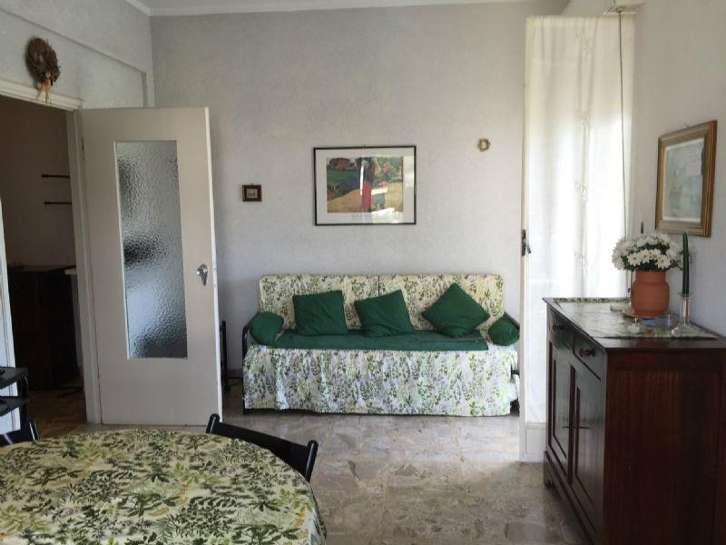 Appartamento in vendita a Spotorno, 3 locali, prezzo € 260.000   CambioCasa.it
