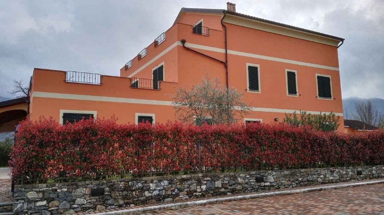 Soluzione Indipendente in vendita a Villanova d'Albenga, 9999 locali, prezzo € 350.000 | PortaleAgenzieImmobiliari.it