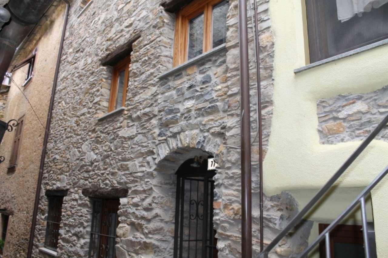 Appartamento in vendita a Garlenda, 6 locali, prezzo € 160.000   CambioCasa.it