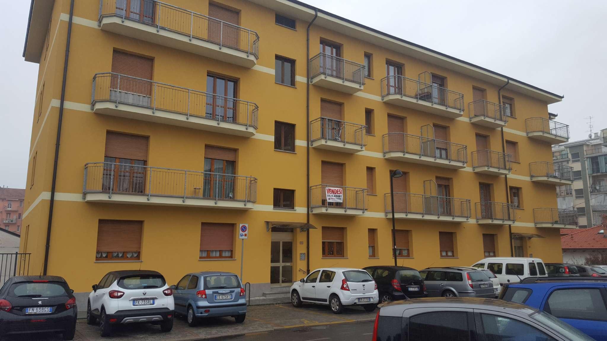 Appartamento in buone condizioni in vendita Rif. 7933528