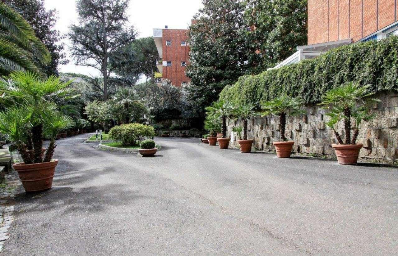 Appartamento in vendita a Roma, 9 locali, zona Zona: 32 - Fleming, Vignaclara, Monte Milvio, prezzo € 1.250.000   CambioCasa.it