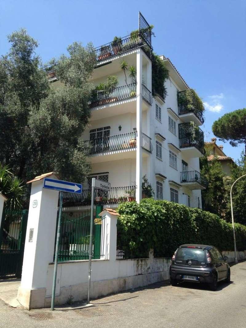 Appartamento in vendita a Roma, 3 locali, zona Zona: 32 - Fleming, Vignaclara, Monte Milvio, prezzo € 370.000   CambioCasa.it