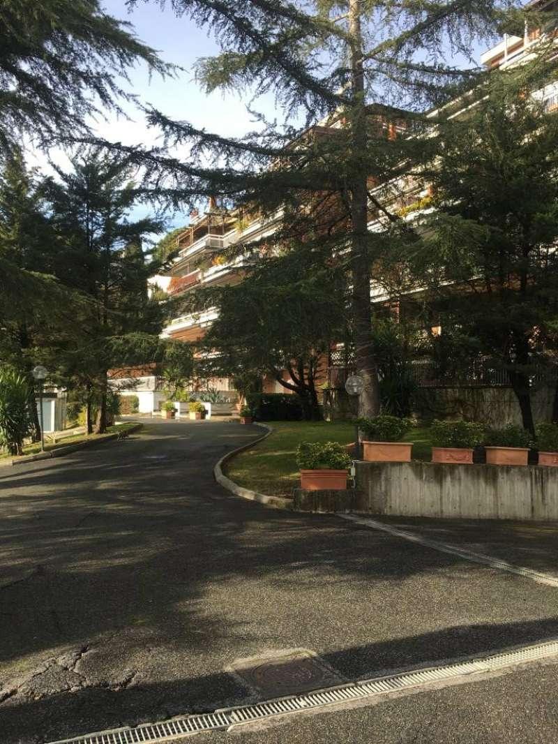 Attico / Mansarda in vendita a Roma, 3 locali, zona Zona: 29 . Balduina, Montemario, Sant'Onofrio, Trionfale, Camilluccia, Cortina d'Ampezzo, prezzo € 375.000 | CambioCasa.it