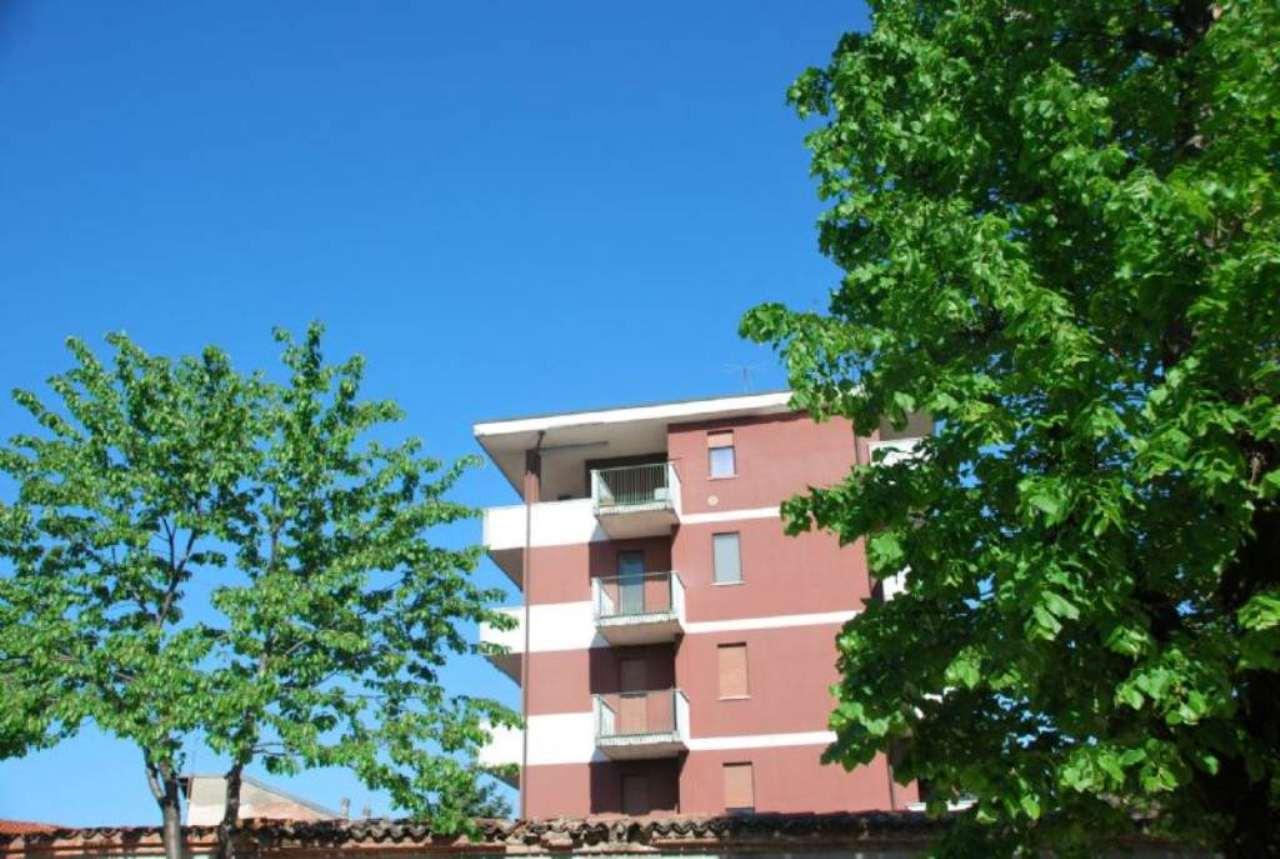 Appartamento in vendita a Busto Garolfo, 3 locali, prezzo € 140.000 | CambioCasa.it