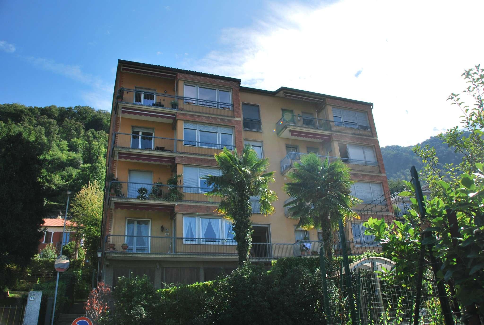 Appartamento in vendita a Laveno-Mombello, 3 locali, prezzo € 79.000 | PortaleAgenzieImmobiliari.it