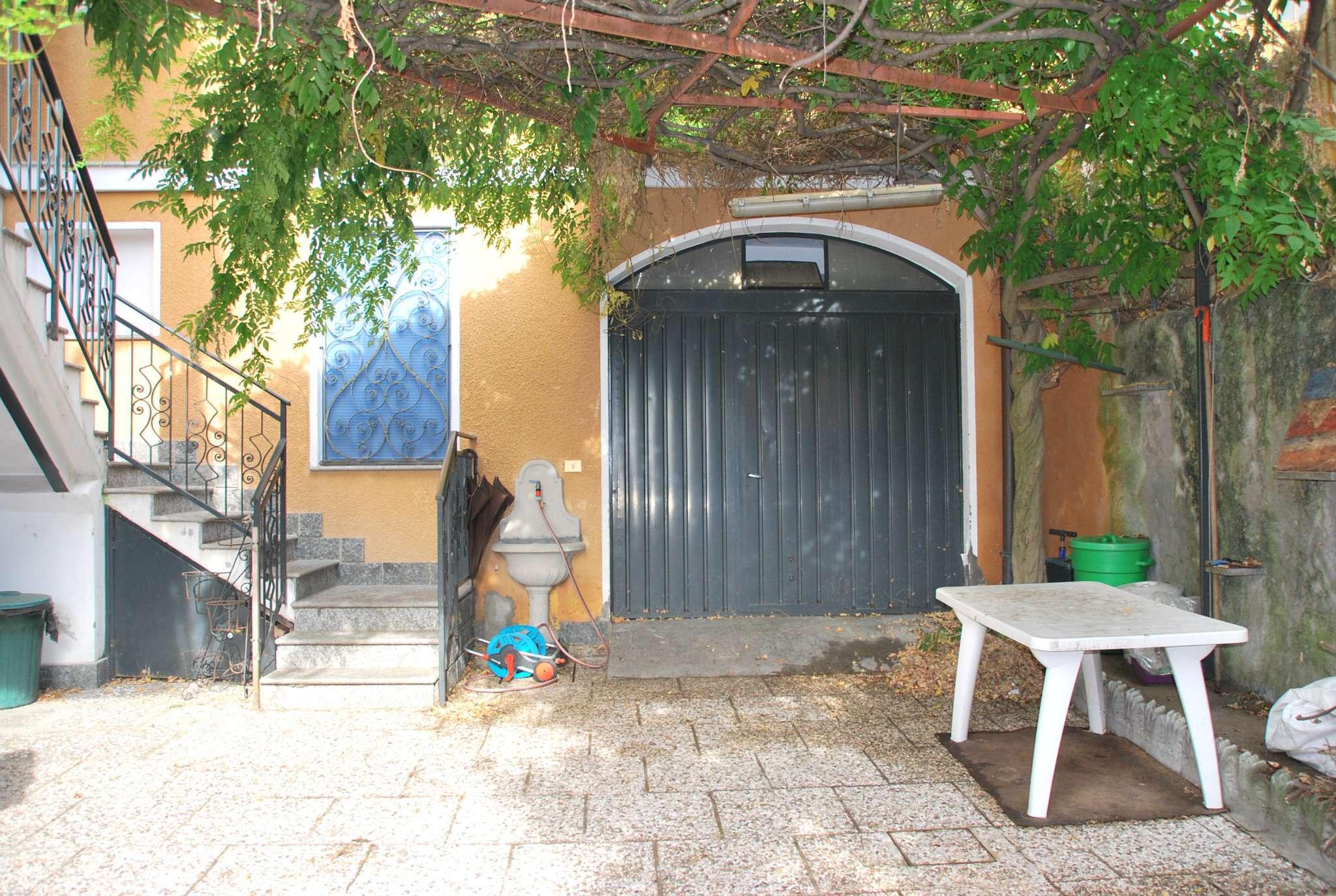 Appartamento in vendita a Gemonio, 3 locali, prezzo € 125.000 | CambioCasa.it