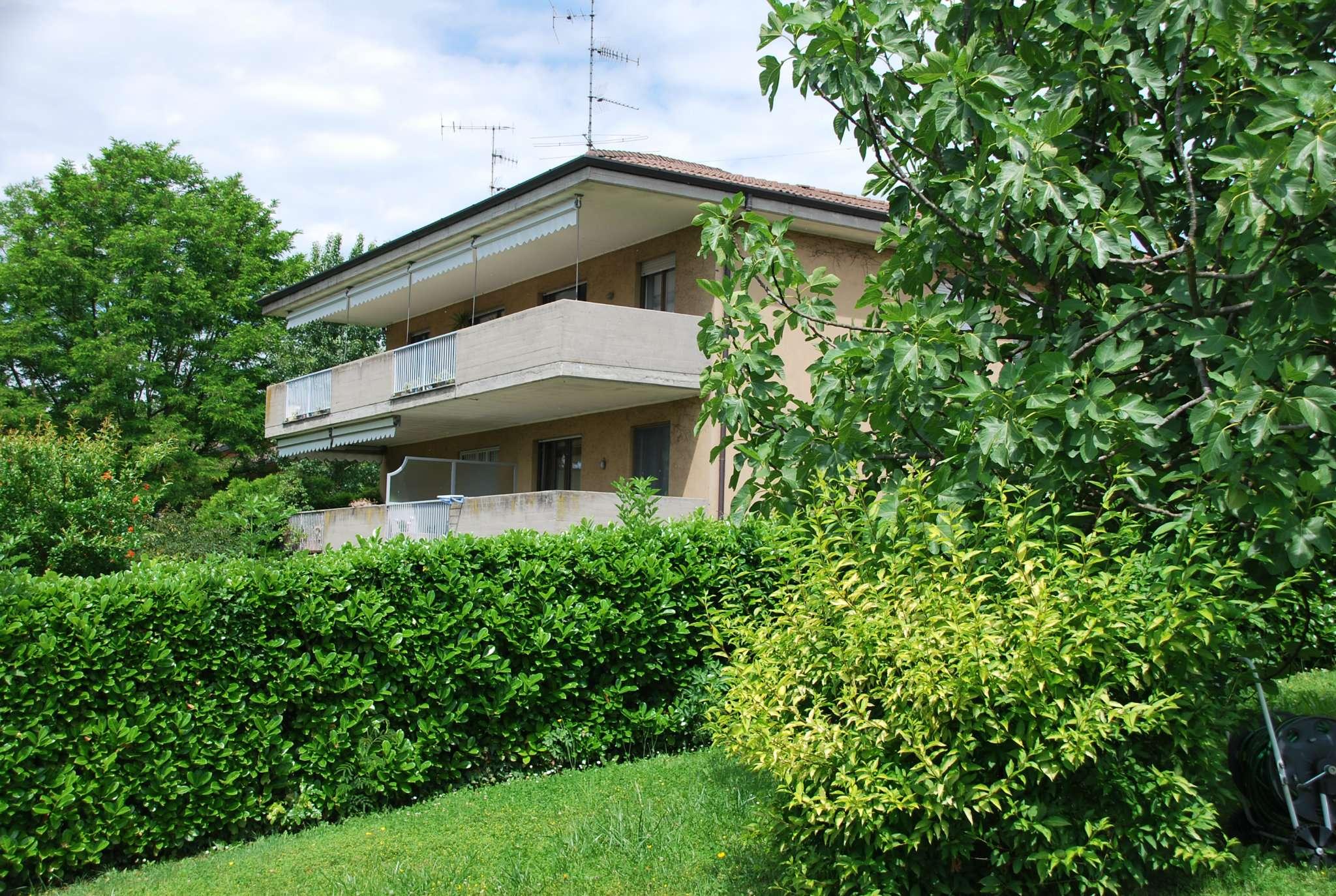 Appartamento in vendita a Varese, 3 locali, prezzo € 230.000 | CambioCasa.it
