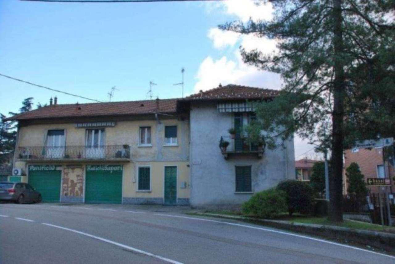 Palazzo / Stabile in Vendita a Olgiate Olona