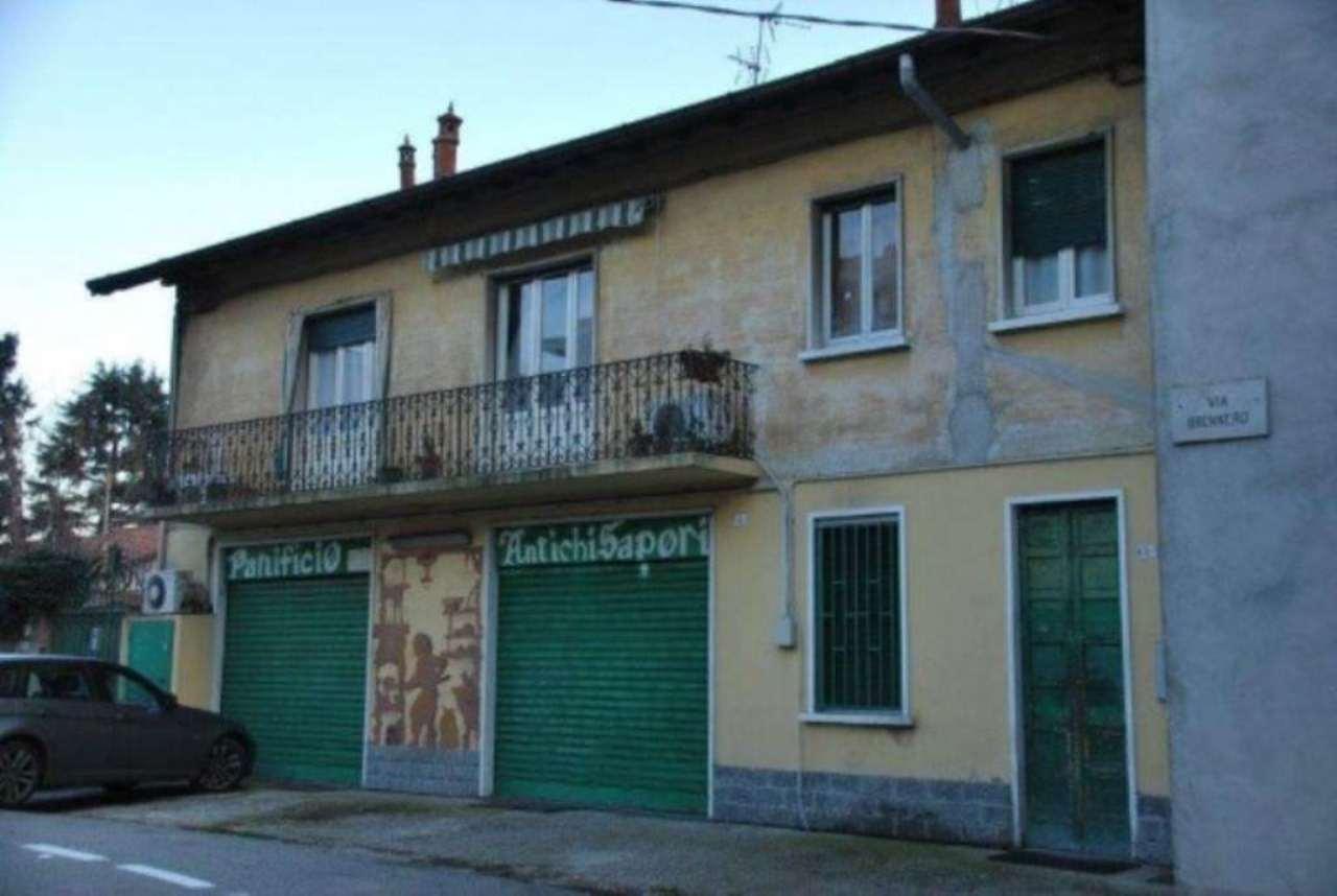 Negozio / Locale in vendita a Olgiate Olona, 4 locali, prezzo € 170.000 | CambioCasa.it