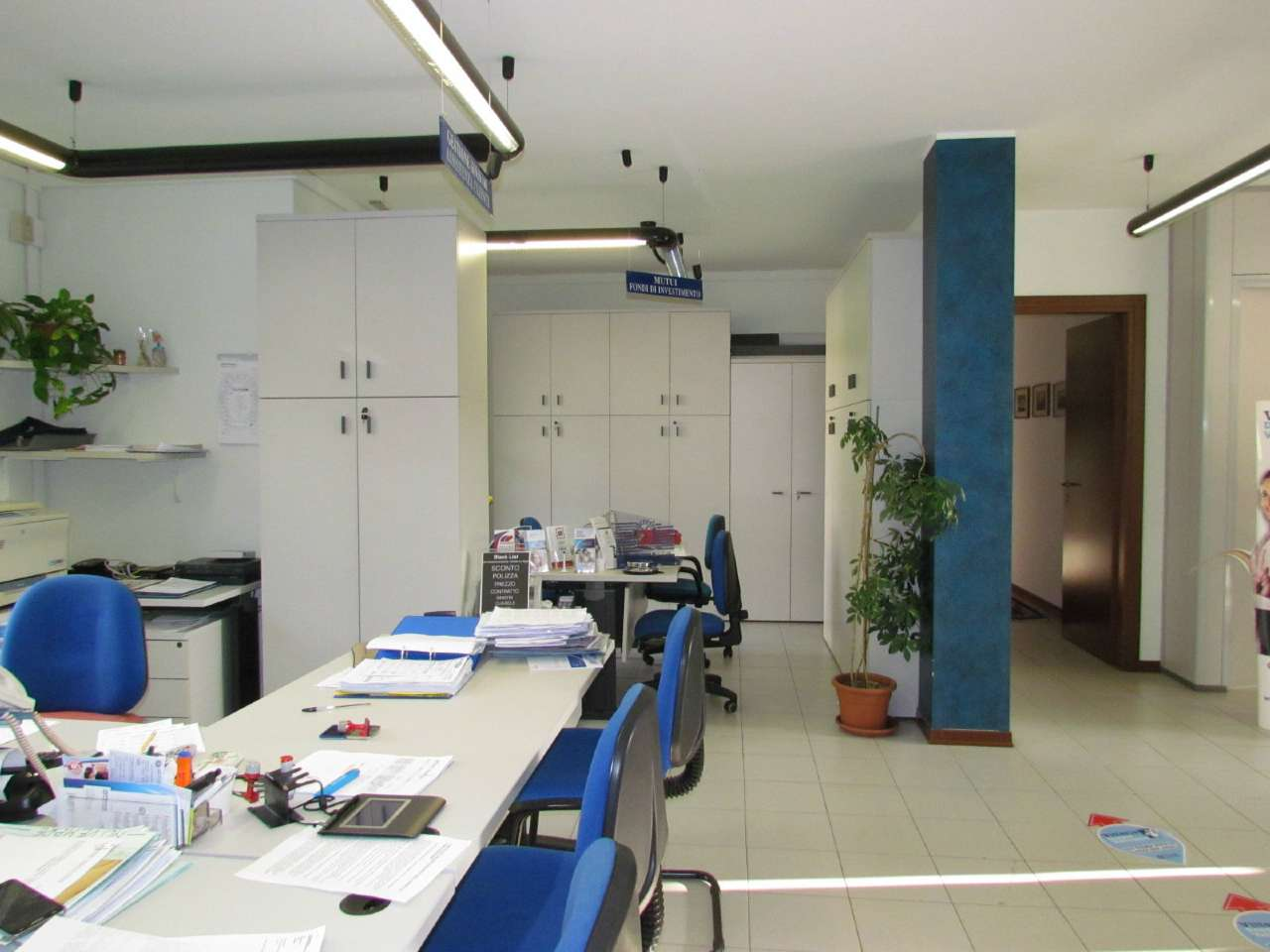 Ufficio / Studio in affitto a Tradate, 4 locali, prezzo € 1.084 | CambioCasa.it