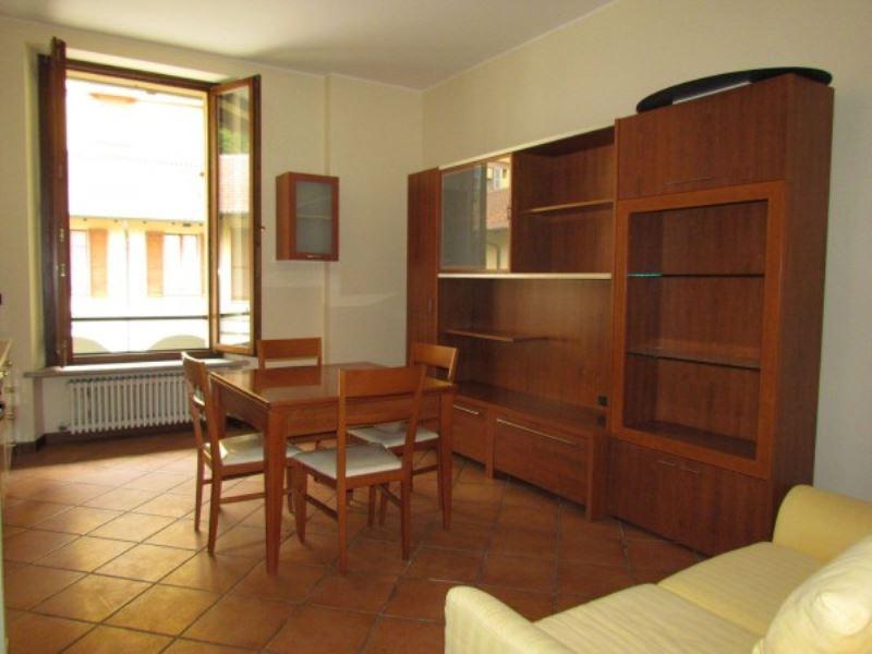 Appartamento in affitto a Tradate, 2 locali, prezzo € 425 | CambioCasa.it