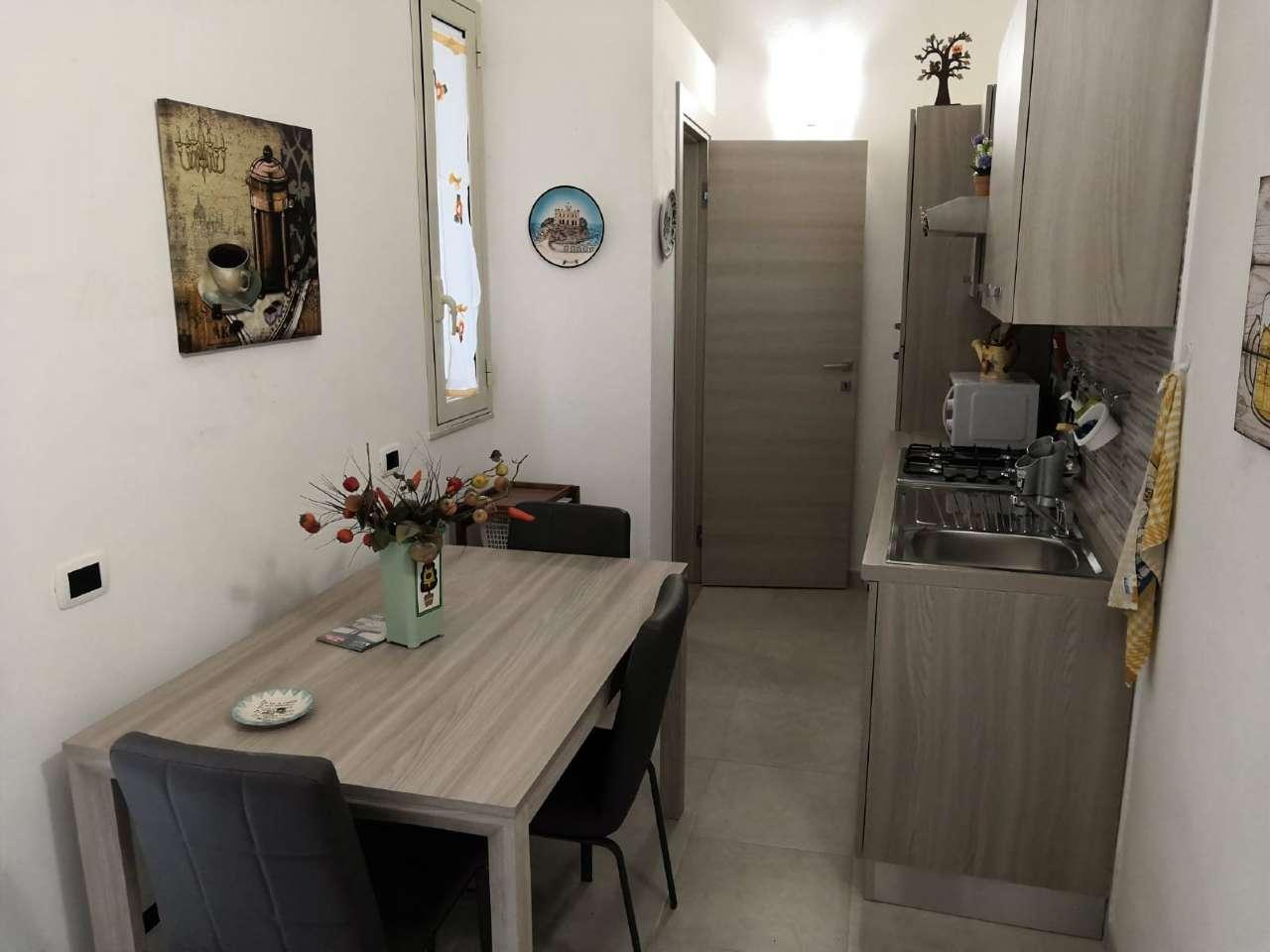 Appartamento in vendita a Siracusa, 3 locali, prezzo € 80.000   CambioCasa.it