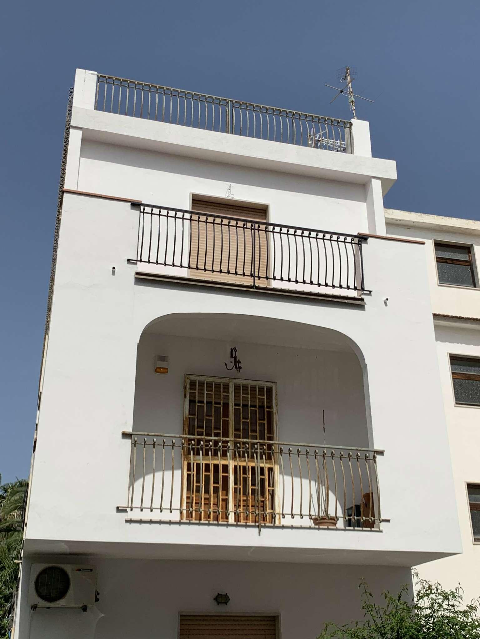 Appartamento in vendita a Giardini-Naxos, 3 locali, prezzo € 169.000 | PortaleAgenzieImmobiliari.it