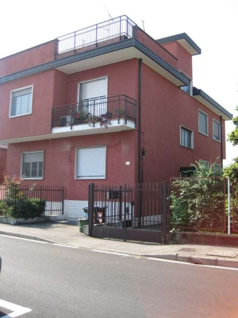 Magazzino in vendita a Settimo Milanese, 9999 locali, prezzo € 80.000 | CambioCasa.it