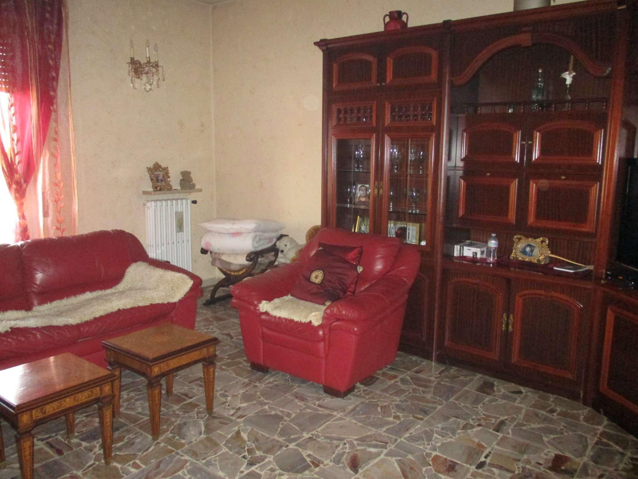 Appartamento in vendita a Romano di Lombardia, 3 locali, prezzo € 90.000   CambioCasa.it