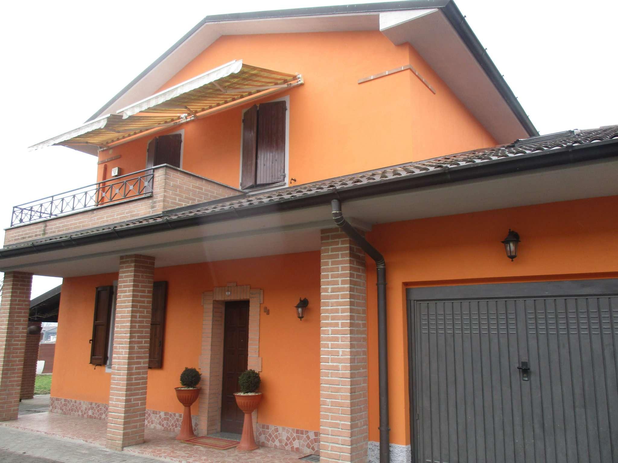 Villa Bifamiliare in vendita a Capralba, 4 locali, prezzo € 290.000 | CambioCasa.it