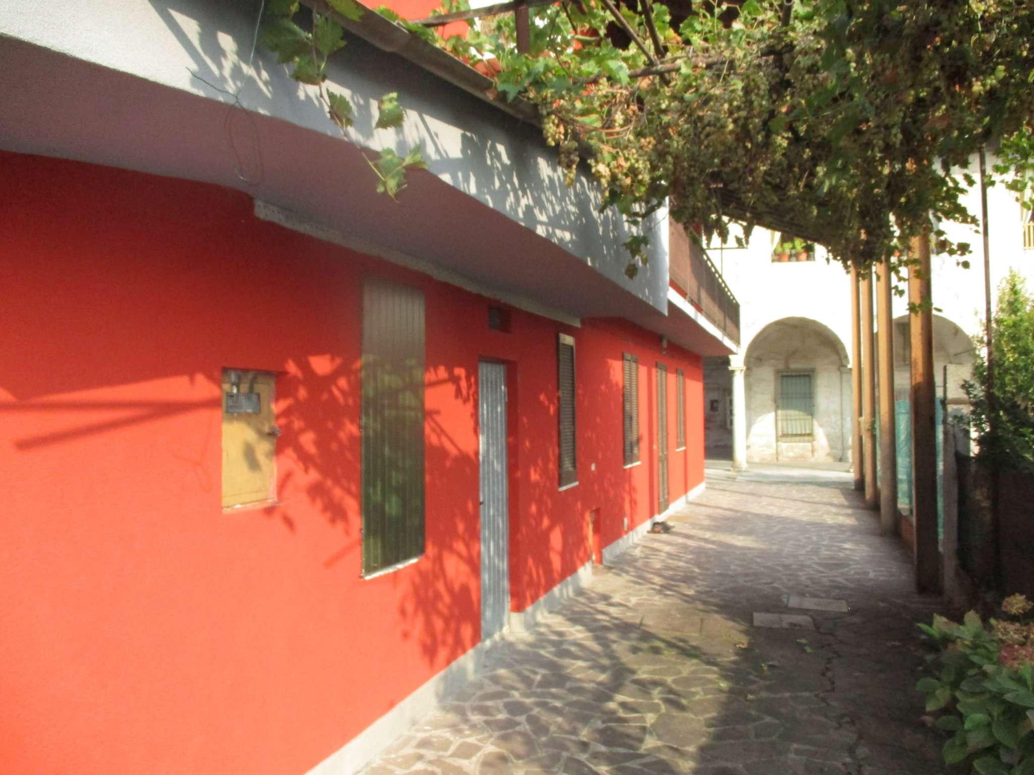 Soluzione Semindipendente in vendita a Bariano, 3 locali, prezzo € 100.000   CambioCasa.it
