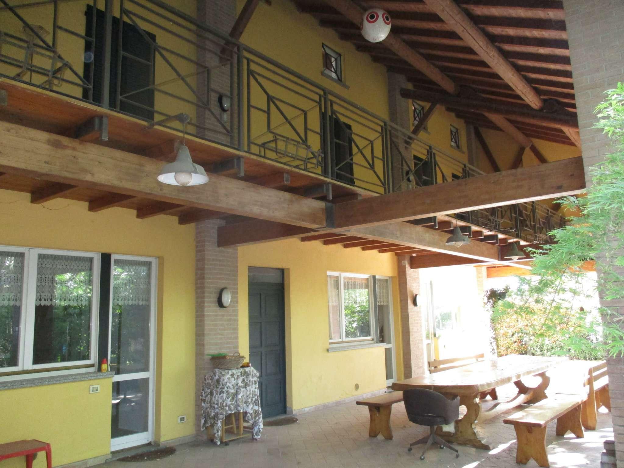 Villa in vendita a Capralba, 4 locali, Trattative riservate | CambioCasa.it