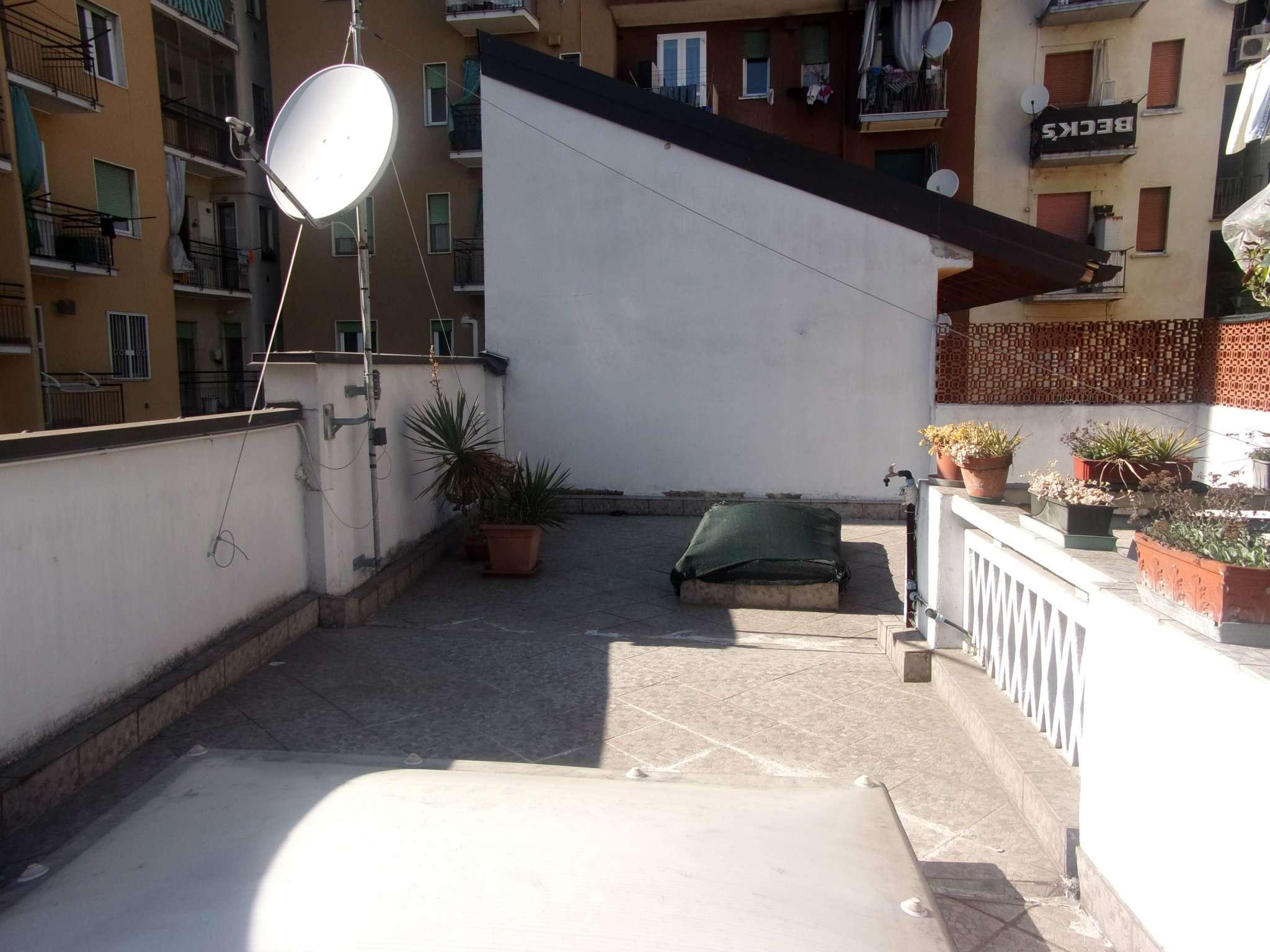 Appartamento in buone condizioni arredato in affitto Rif. 7325618