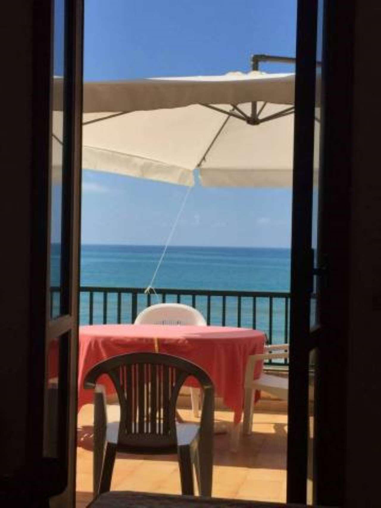 Appartamento in vendita a Pozzallo, 6 locali, prezzo € 210.000 | PortaleAgenzieImmobiliari.it