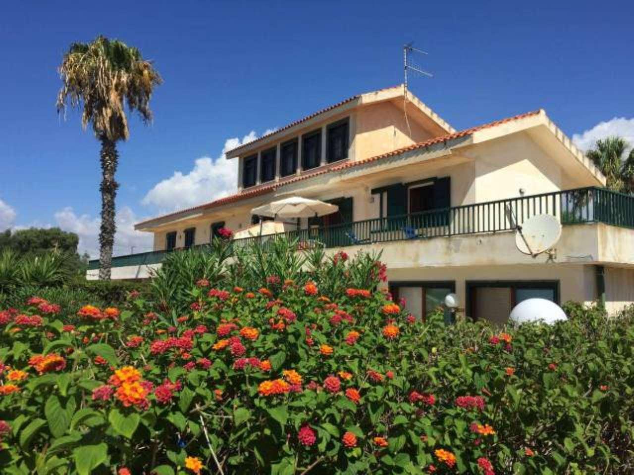 Villa in affitto a Pozzallo, 6 locali, prezzo € 1.000 | PortaleAgenzieImmobiliari.it