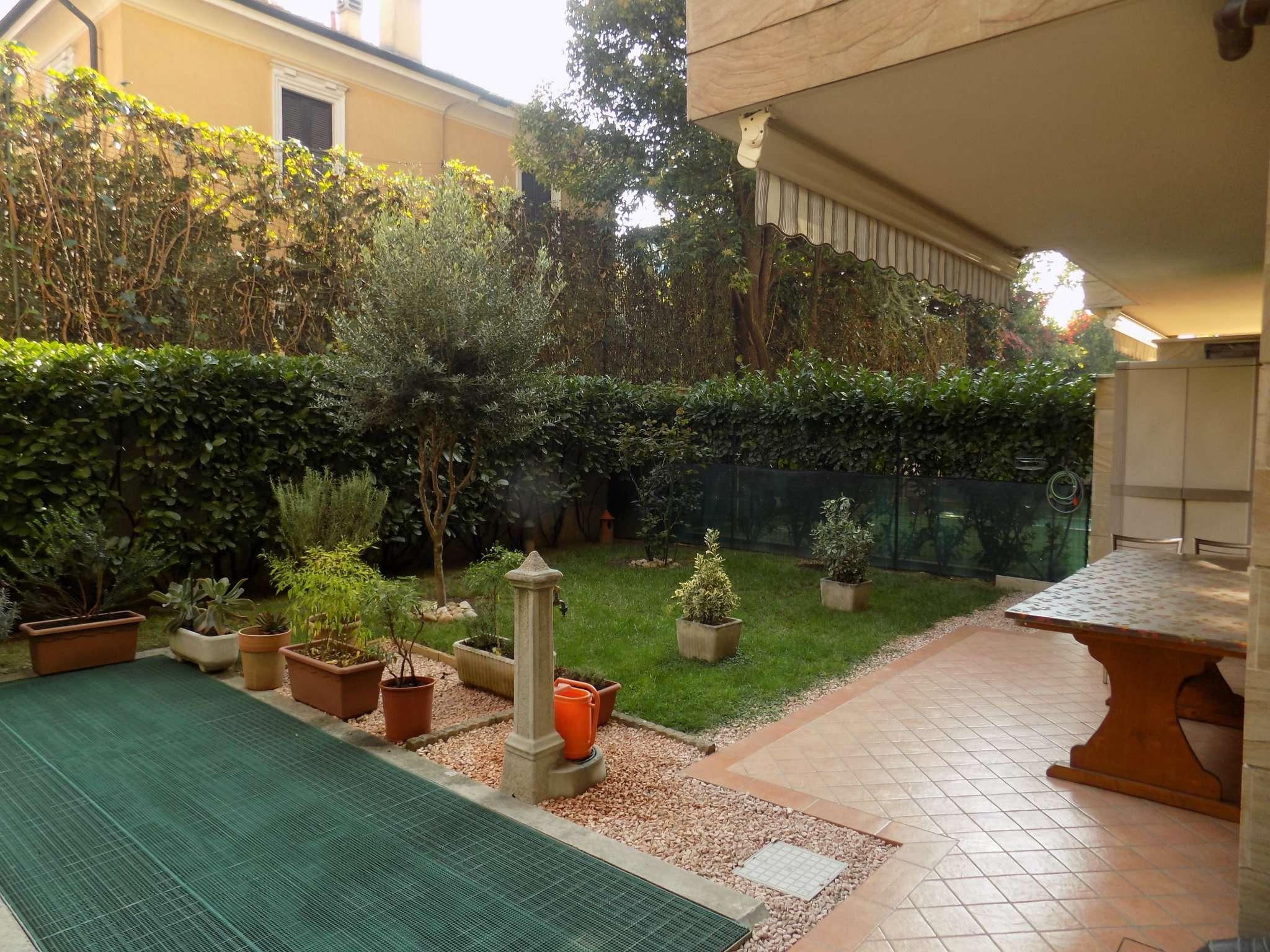 Appartamento in vendita a Senago, 3 locali, prezzo € 295.000 | CambioCasa.it
