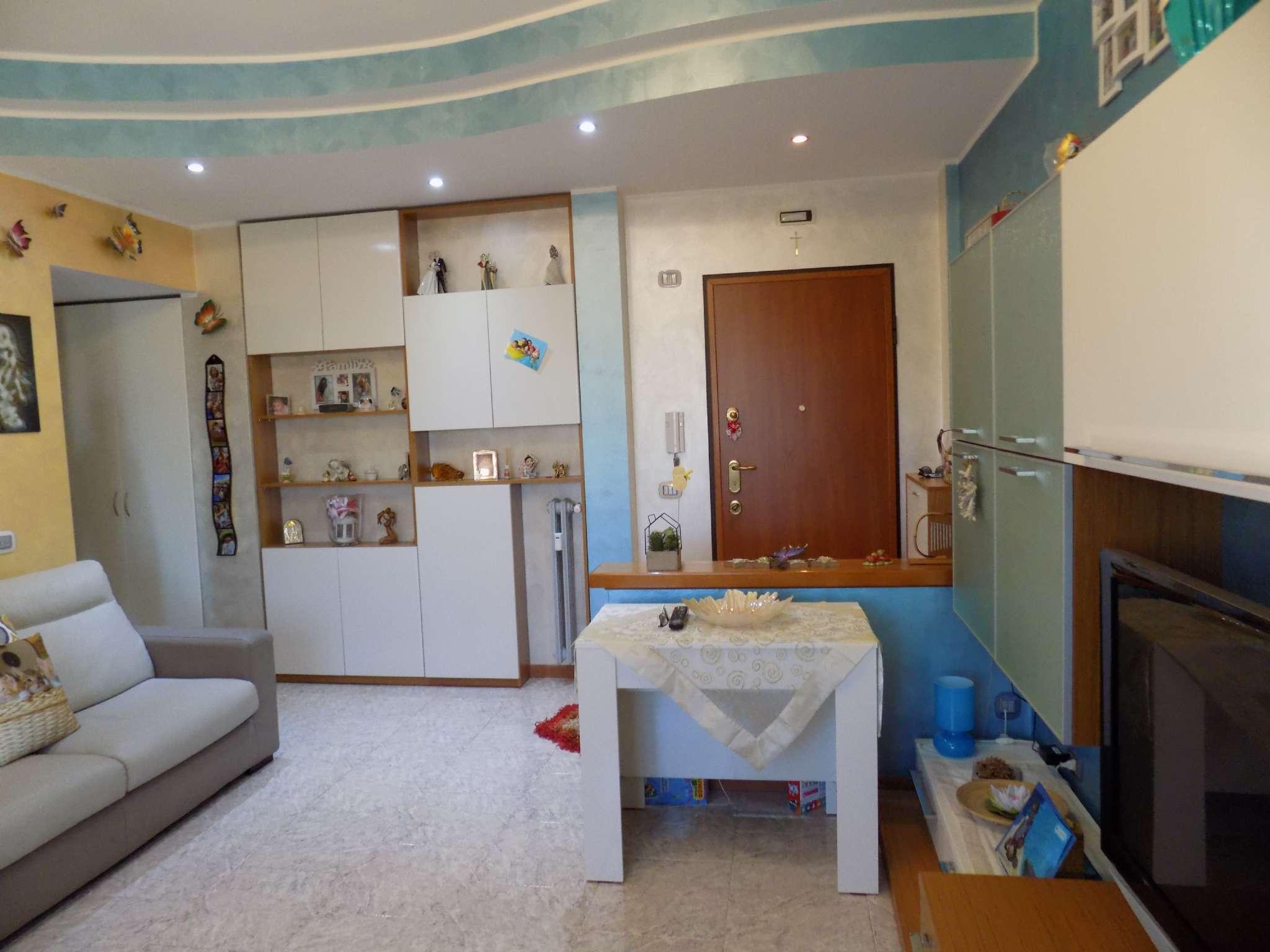 Appartamento in vendita a Senago, 2 locali, prezzo € 84.000 | CambioCasa.it