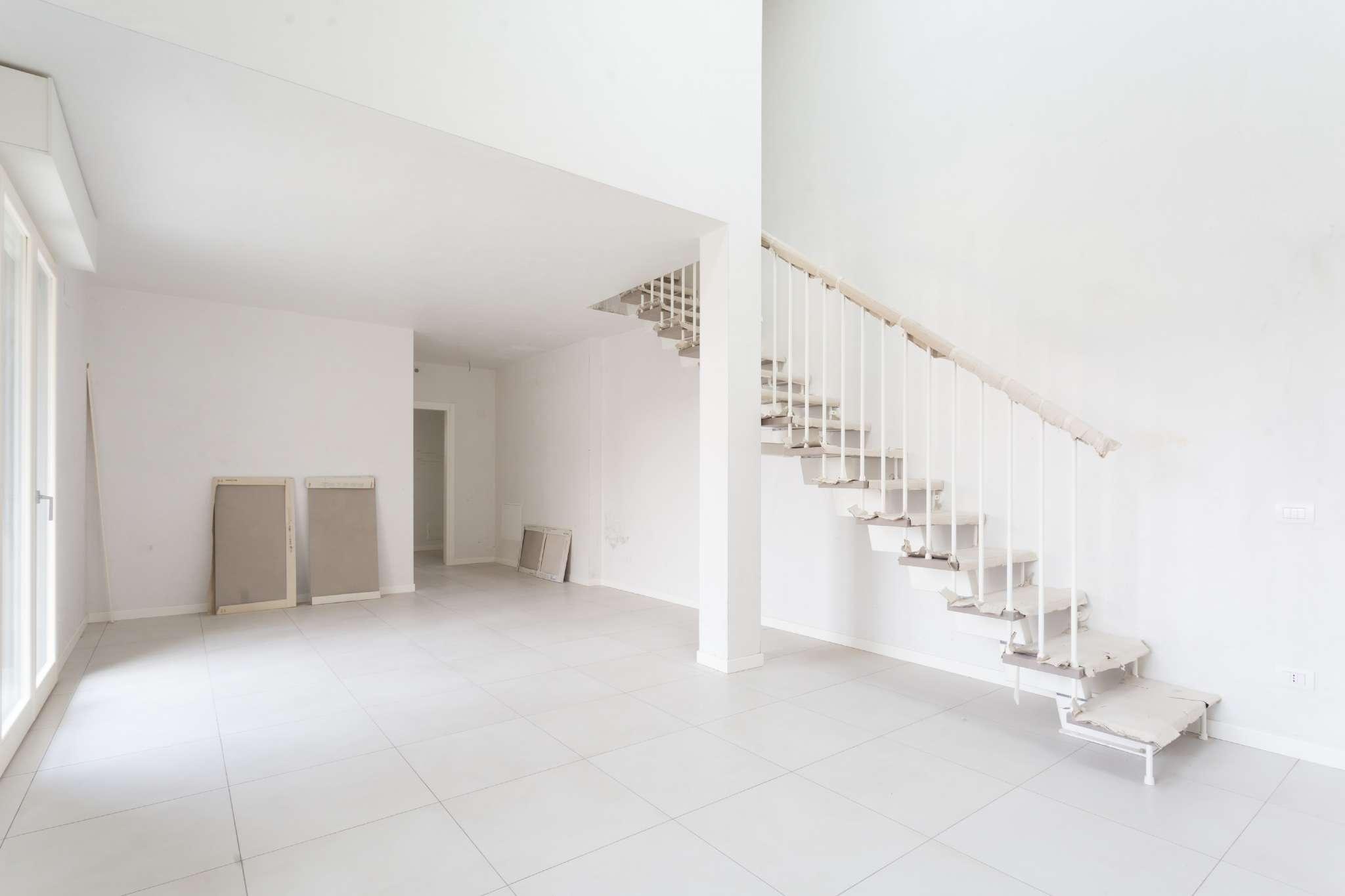 Appartamento in vendita Rif. 7911154