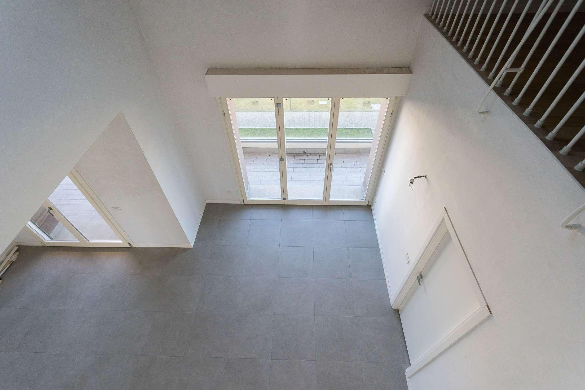 Appartamento in vendita Rif. 7911158