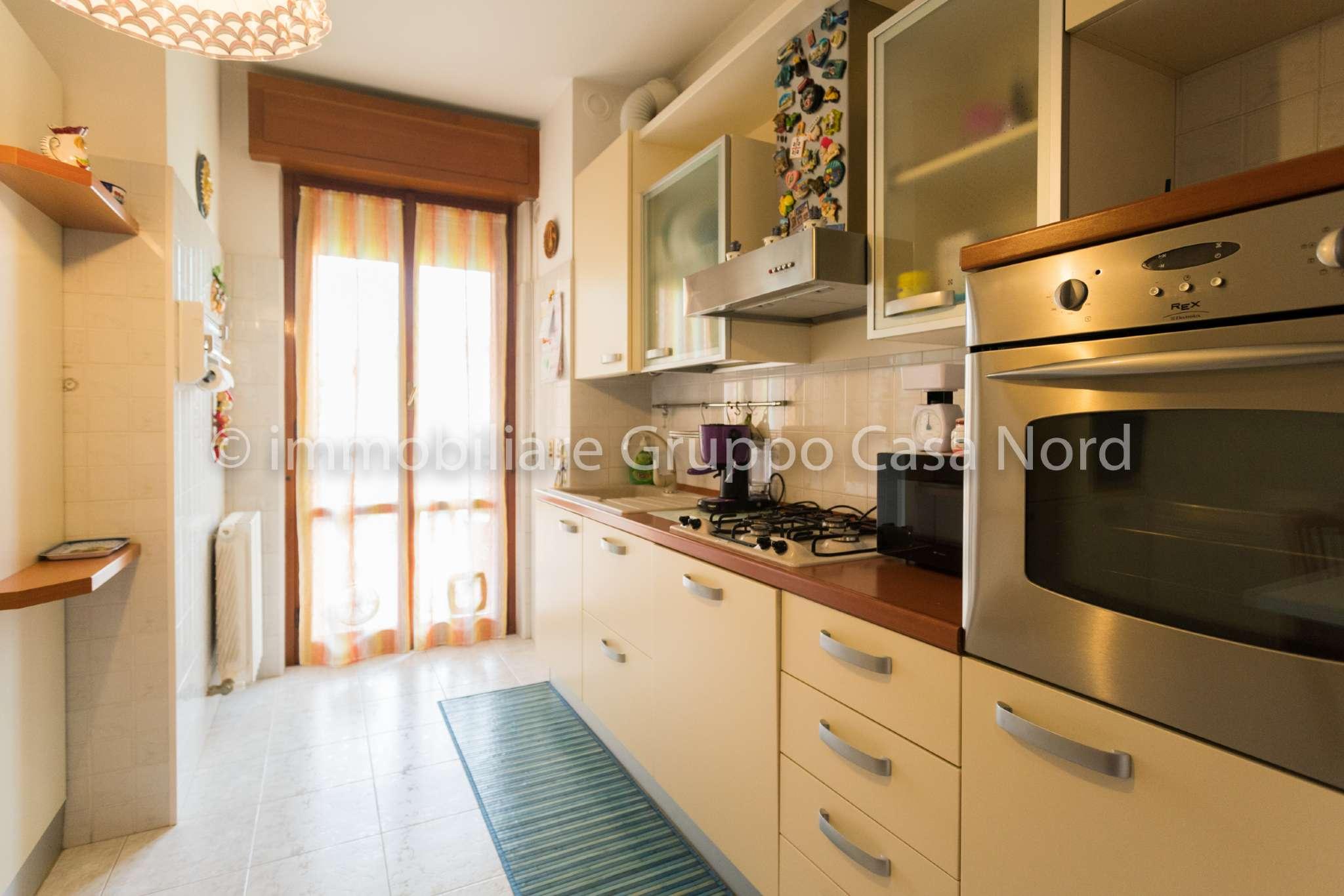 Appartamento in buone condizioni in vendita Rif. 7911167