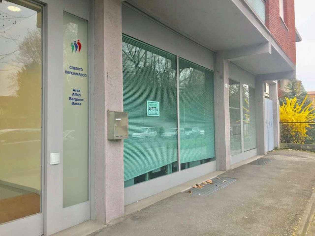 Ufficio / Studio in affitto a Treviglio, 8 locali, prezzo € 3.333 | PortaleAgenzieImmobiliari.it