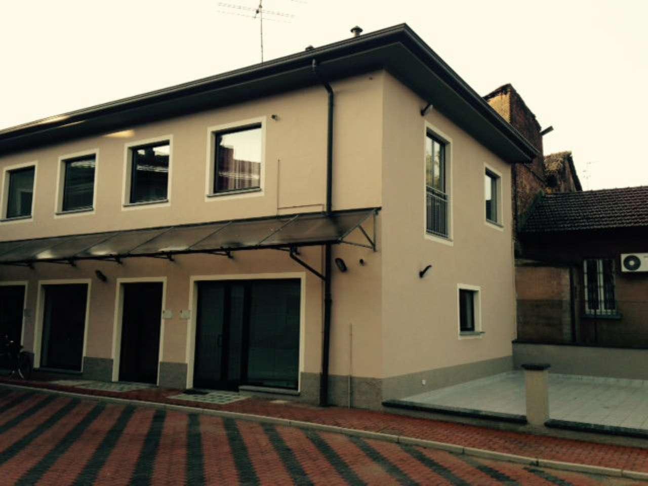 Ufficio / Studio in affitto a Treviglio, 1 locali, prezzo € 1.000 | CambioCasa.it