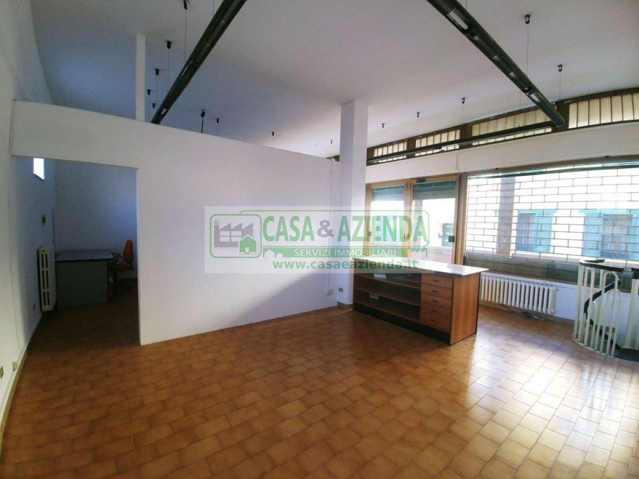 Negozio / Locale in vendita a Pessano con Bornago, 9999 locali, prezzo € 120.000 | CambioCasa.it