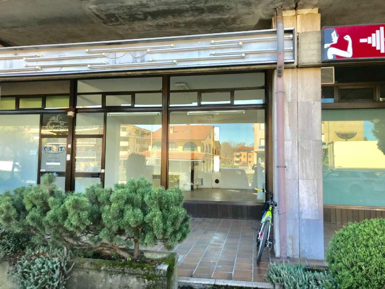 Negozio / Locale in vendita a Cassano d'Adda, 1 locali, prezzo € 73.000 | PortaleAgenzieImmobiliari.it