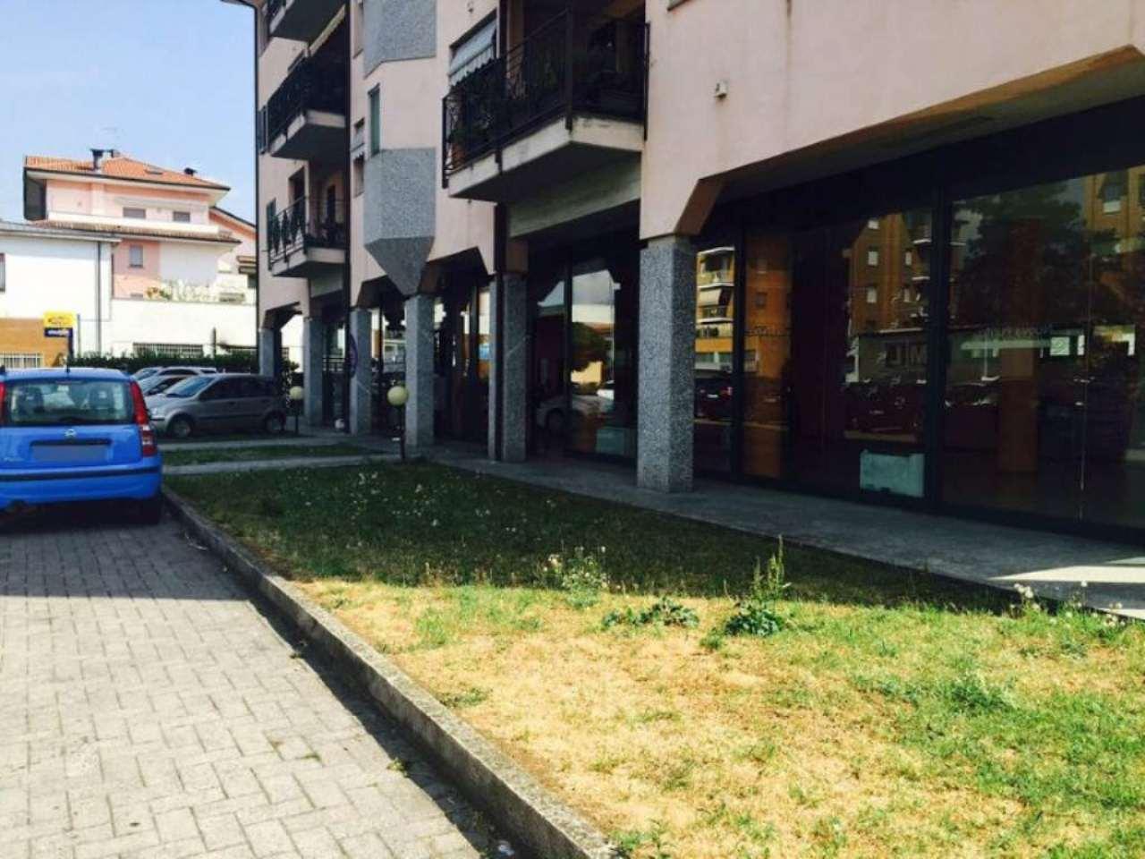 Negozio / Locale in vendita a Cassano d'Adda, 1 locali, prezzo € 3.000 | PortaleAgenzieImmobiliari.it