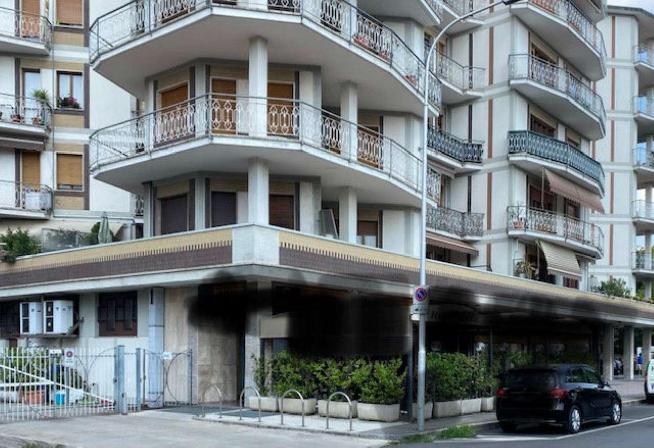Negozio / Locale in vendita a Cassano d'Adda, 5 locali, Trattative riservate | PortaleAgenzieImmobiliari.it