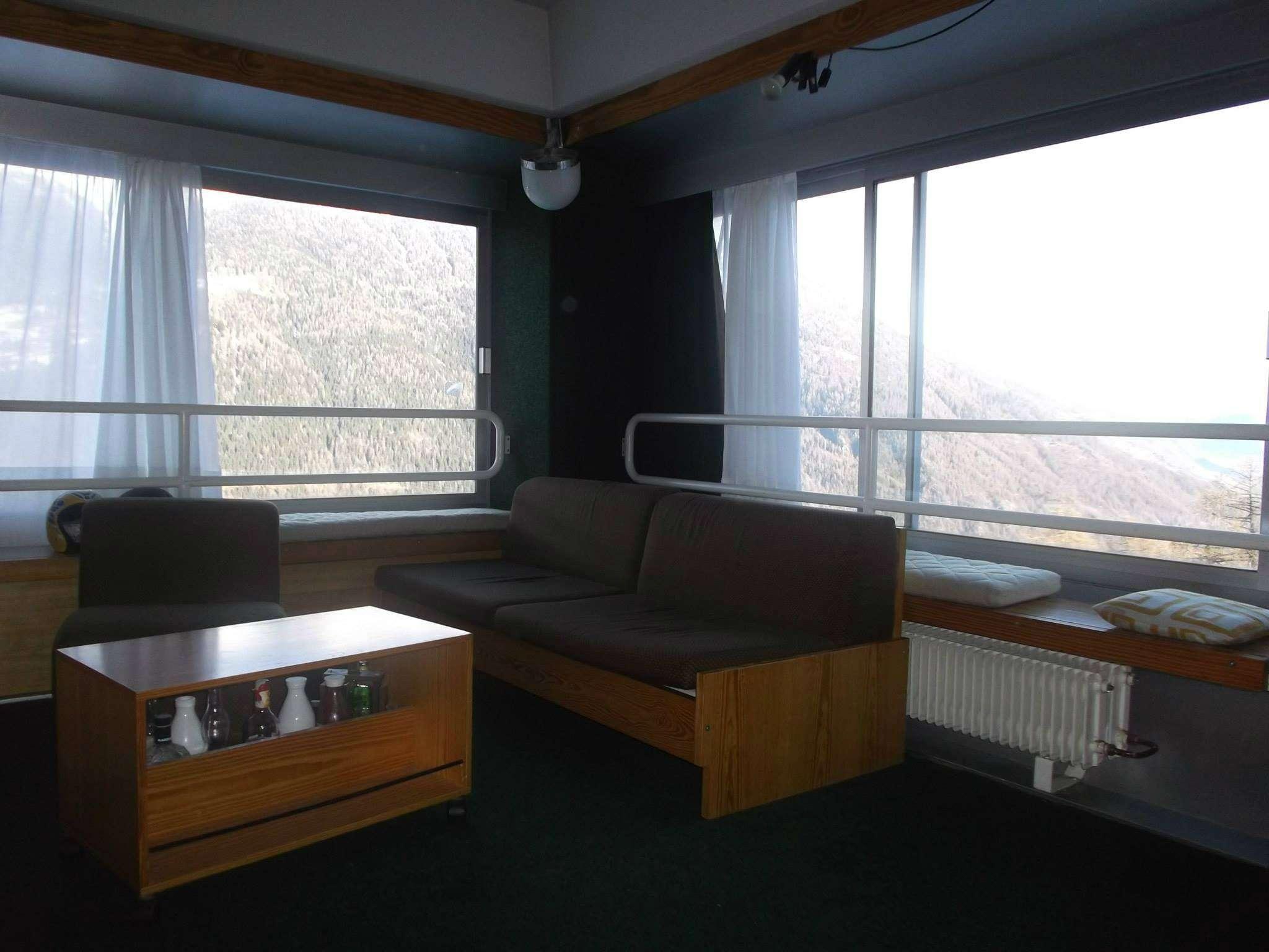Appartamento in buone condizioni arredato in vendita Rif. 5672817