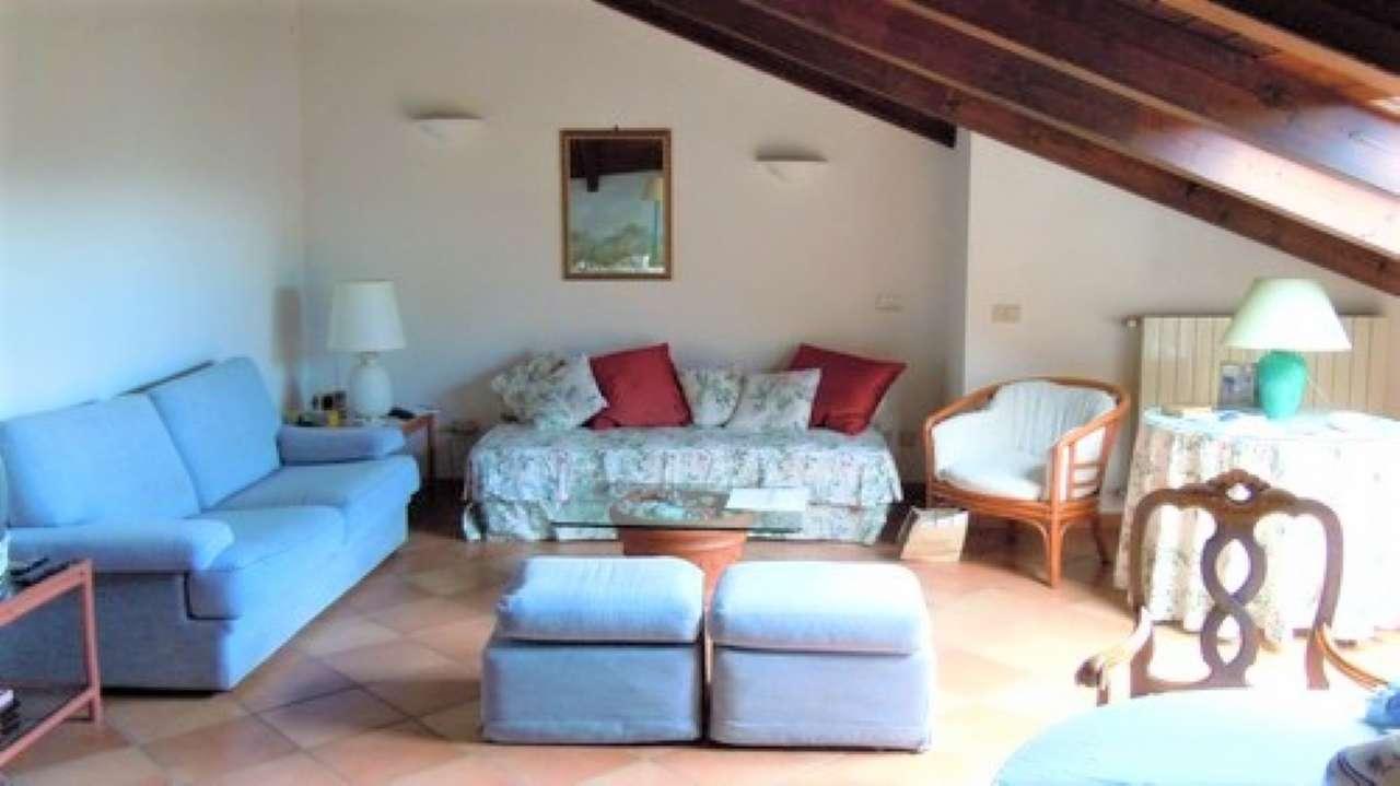 Attico / Mansarda in affitto a Castel San Pietro Terme, 1 locali, prezzo € 500 | CambioCasa.it
