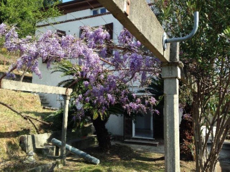 Villa in vendita a La Spezia, 6 locali, prezzo € 370.000 | PortaleAgenzieImmobiliari.it