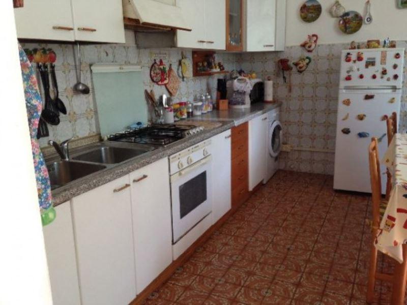 Villa in vendita a Vezzano Ligure, 3 locali, prezzo € 140.000 | PortaleAgenzieImmobiliari.it