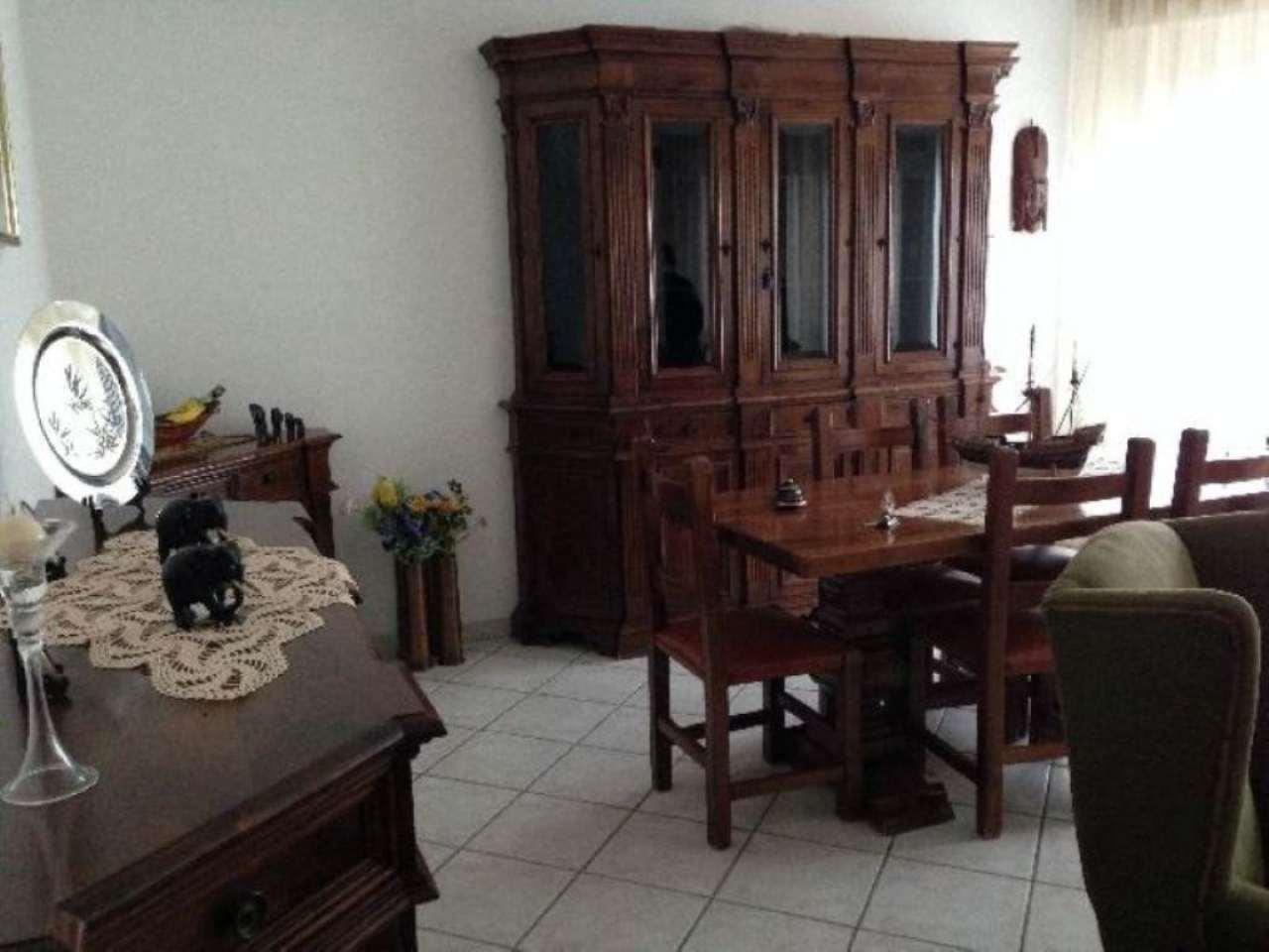 Appartamento in vendita a Ameglia, 4 locali, prezzo € 165.000 | PortaleAgenzieImmobiliari.it