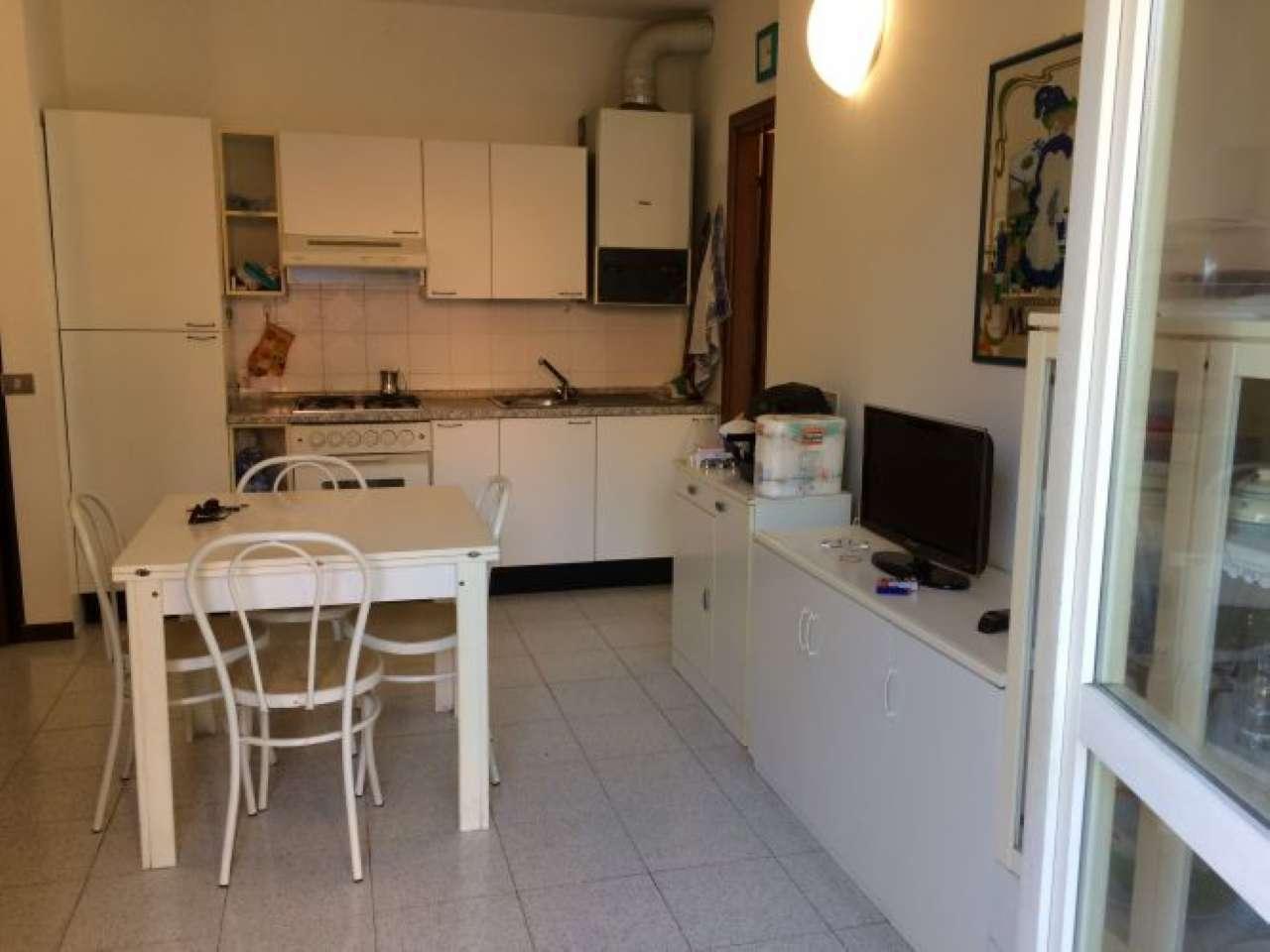 Appartamento in vendita a Ameglia, 2 locali, prezzo € 120.000 | PortaleAgenzieImmobiliari.it