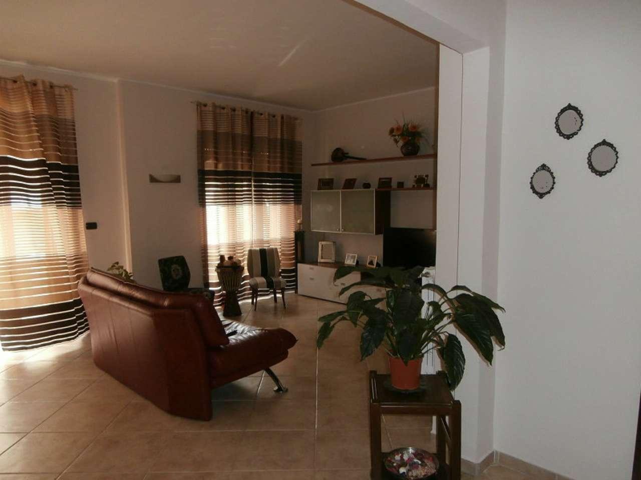 Appartamento in vendita a Cava de' Tirreni, 5 locali, prezzo € 360.000   CambioCasa.it