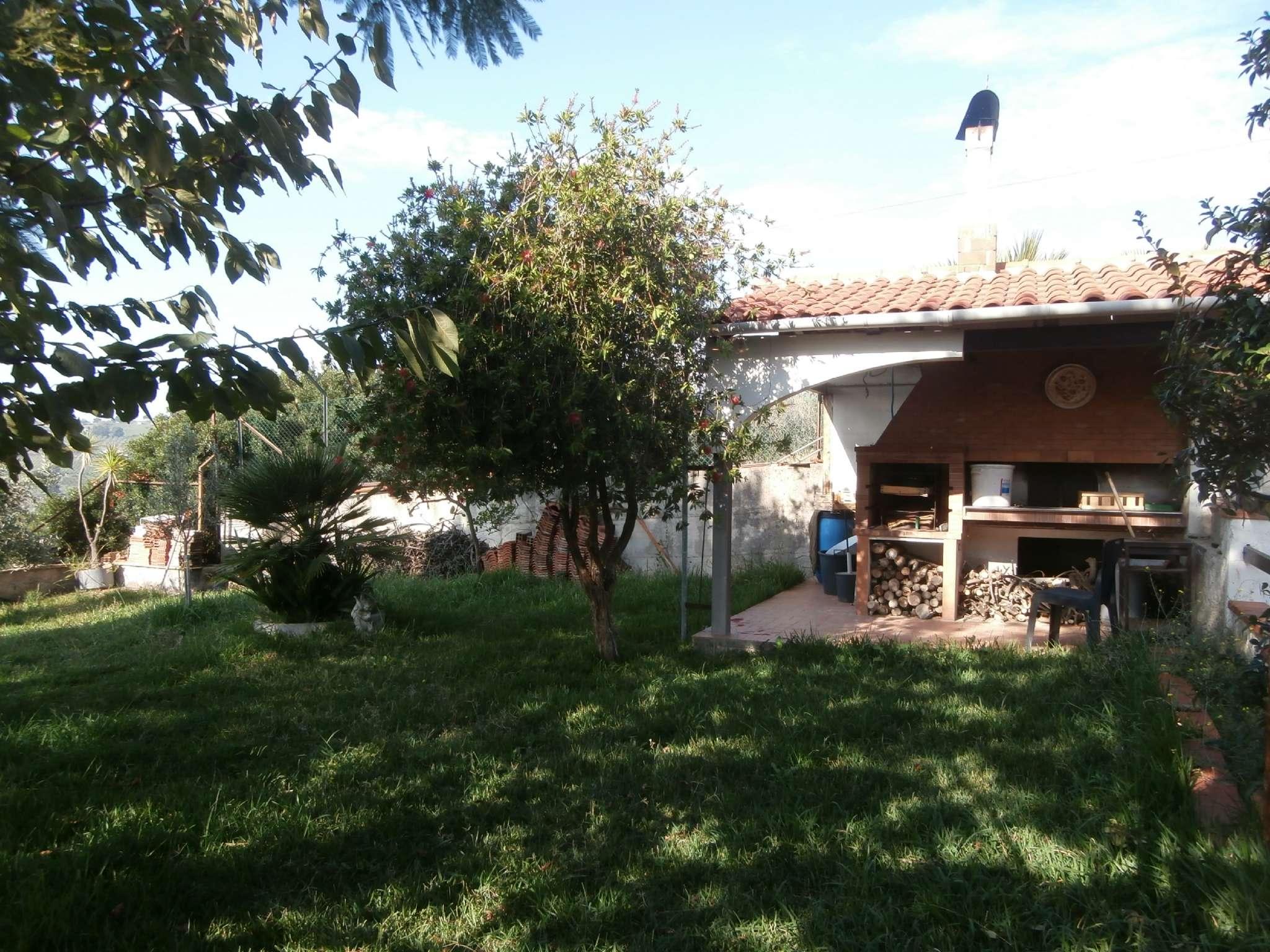 Appartamento in vendita a Montecorvino Pugliano, 3 locali, prezzo € 149.000   CambioCasa.it