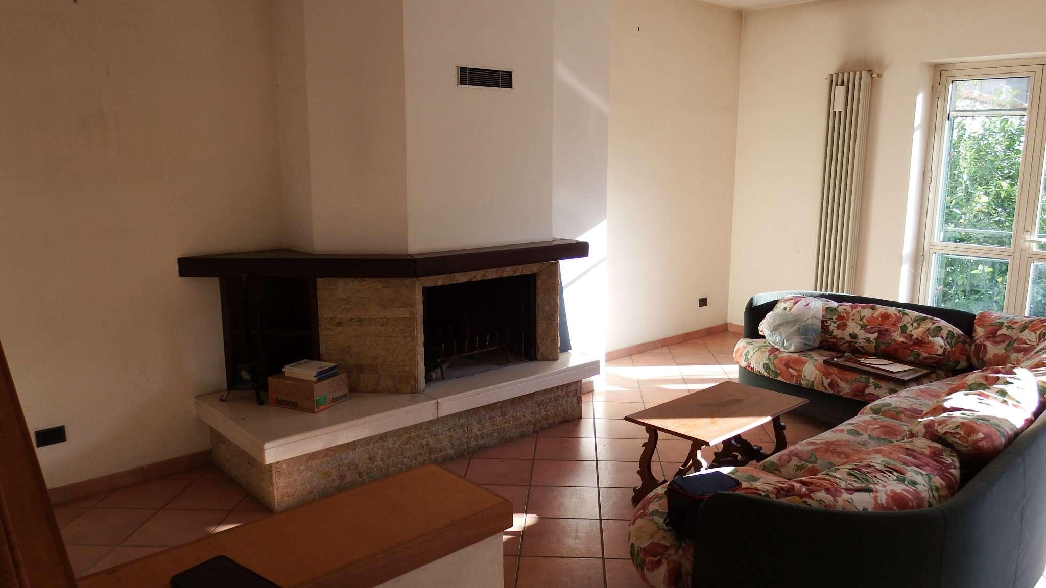 Appartamento in affitto a Pagani, 5 locali, prezzo € 700   CambioCasa.it