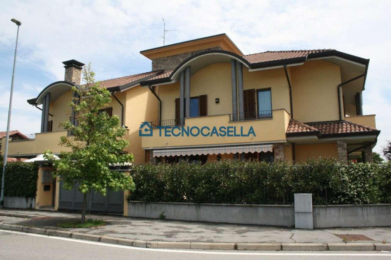Appartamento in vendita a Casorezzo, 2 locali, prezzo € 120.000 | CambioCasa.it