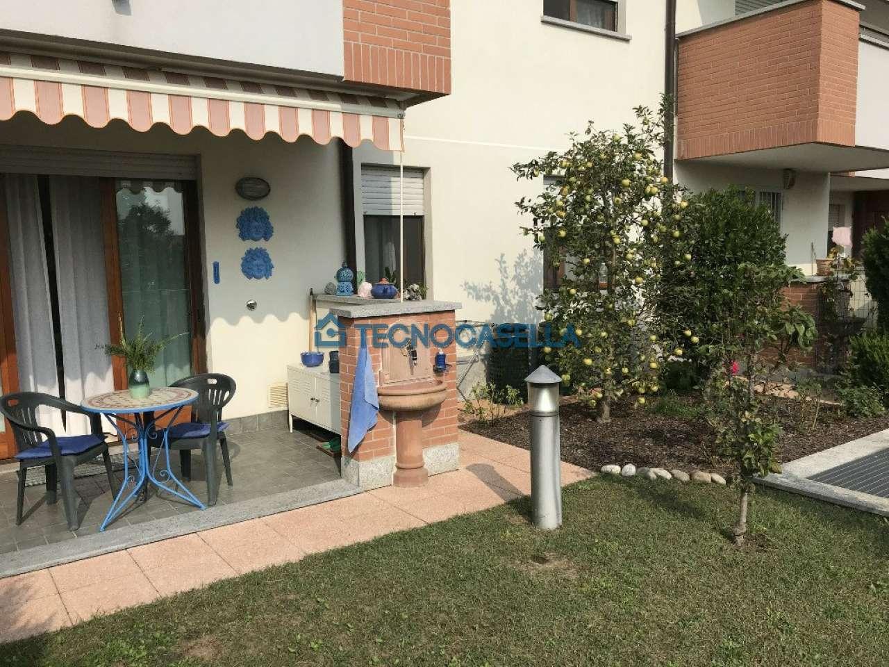 Appartamento in ottime condizioni in vendita Rif. 8788057