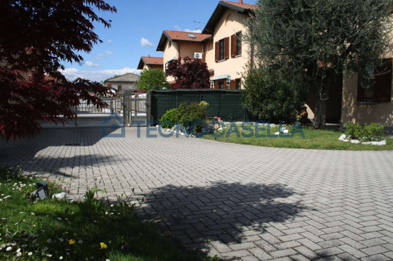 Villa in vendita a Arluno, 3 locali, prezzo € 328.000 | CambioCasa.it