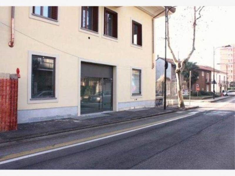 Negozio / Locale in vendita a Cinisello Balsamo, 1 locali, prezzo € 102.000 | CambioCasa.it