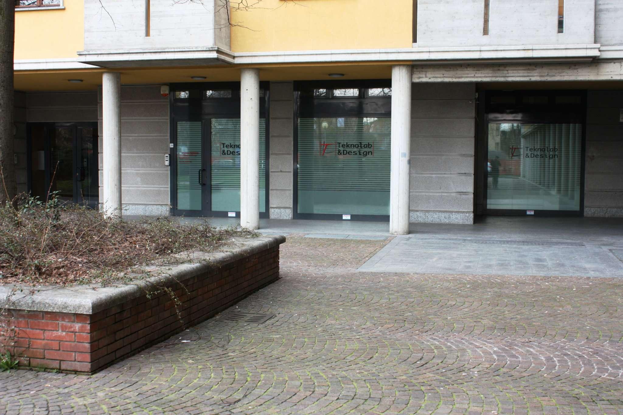 Ufficio / Studio in affitto a Cinisello Balsamo, 4 locali, prezzo € 1.350 | CambioCasa.it